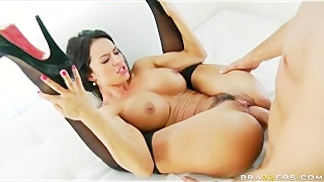 Huge Tit &..